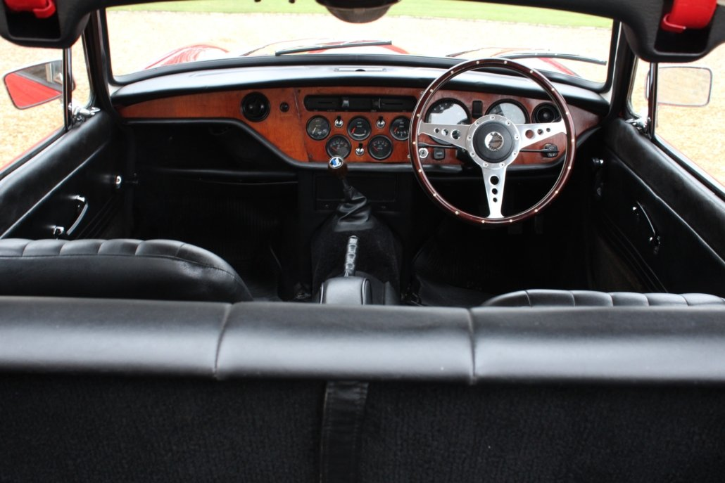 1969 TRIUMPH GT6 MK2 2.5L - SPECIAL CAR - £23,950 For Sale (picture 11 of 12)
