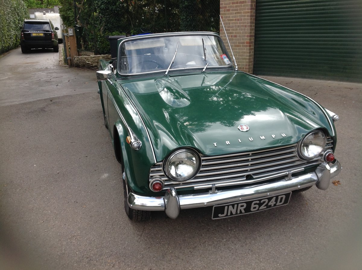 1966 Triumph Tr4a. Uk right hand drive For Sale (picture 3 of 6)