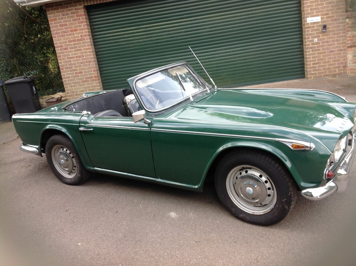 1966 Triumph Tr4a. Uk right hand drive For Sale (picture 4 of 6)