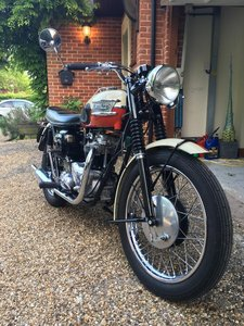 1960 Triumph TR6 Trophy 650cc Fully Restored!