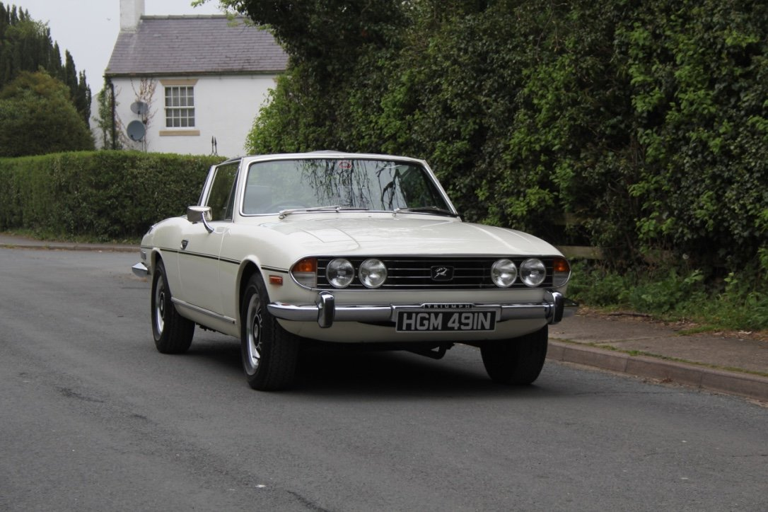 1975 Triumph Stag Automatic - Superb Condition SOLD (picture 1 of 12)