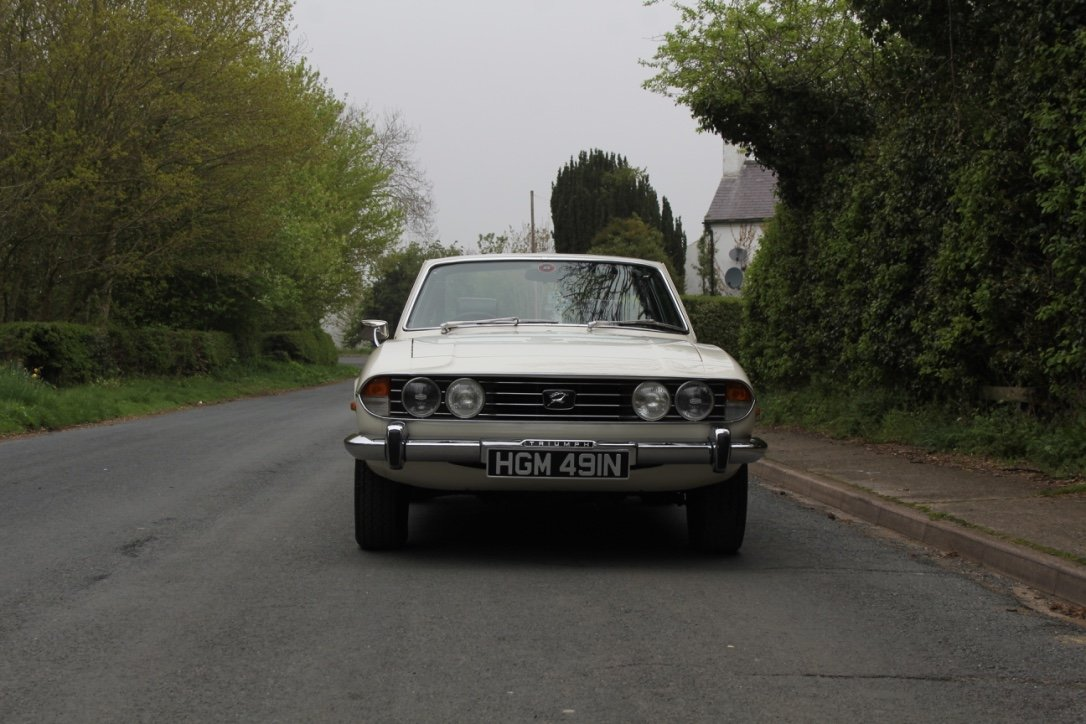 1975 Triumph Stag Automatic - Superb Condition SOLD (picture 2 of 12)