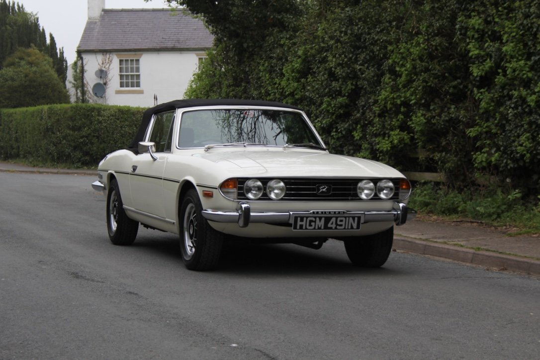 1975 Triumph Stag Automatic - Superb Condition SOLD (picture 6 of 12)
