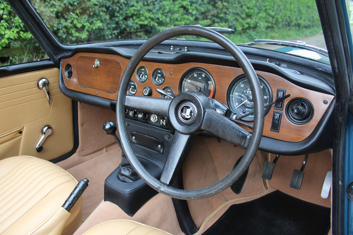 1968 Triumph TR5 PI - UK Car, Superb History For Sale (picture 6 of 12)
