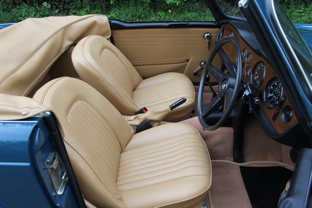 1968 Triumph TR5 PI - UK Car, Superb History For Sale (picture 7 of 12)