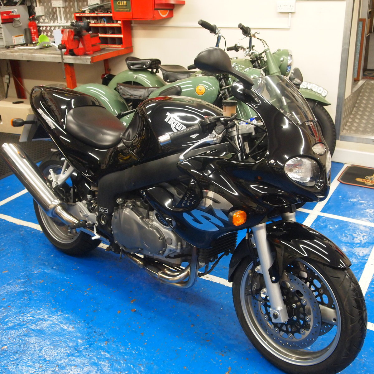 2002 Triumph Sprint RS 955i Immaculate Condition. SOLD (picture 3 of 6)