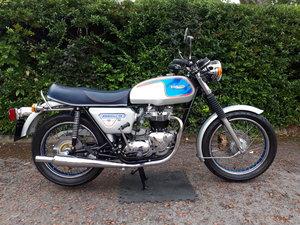 Rare 1977 Jubilee Bonneville- limited edition For Sale