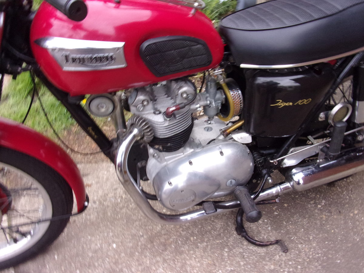 1971 TRIUMPH T100 SOLD (picture 2 of 6)