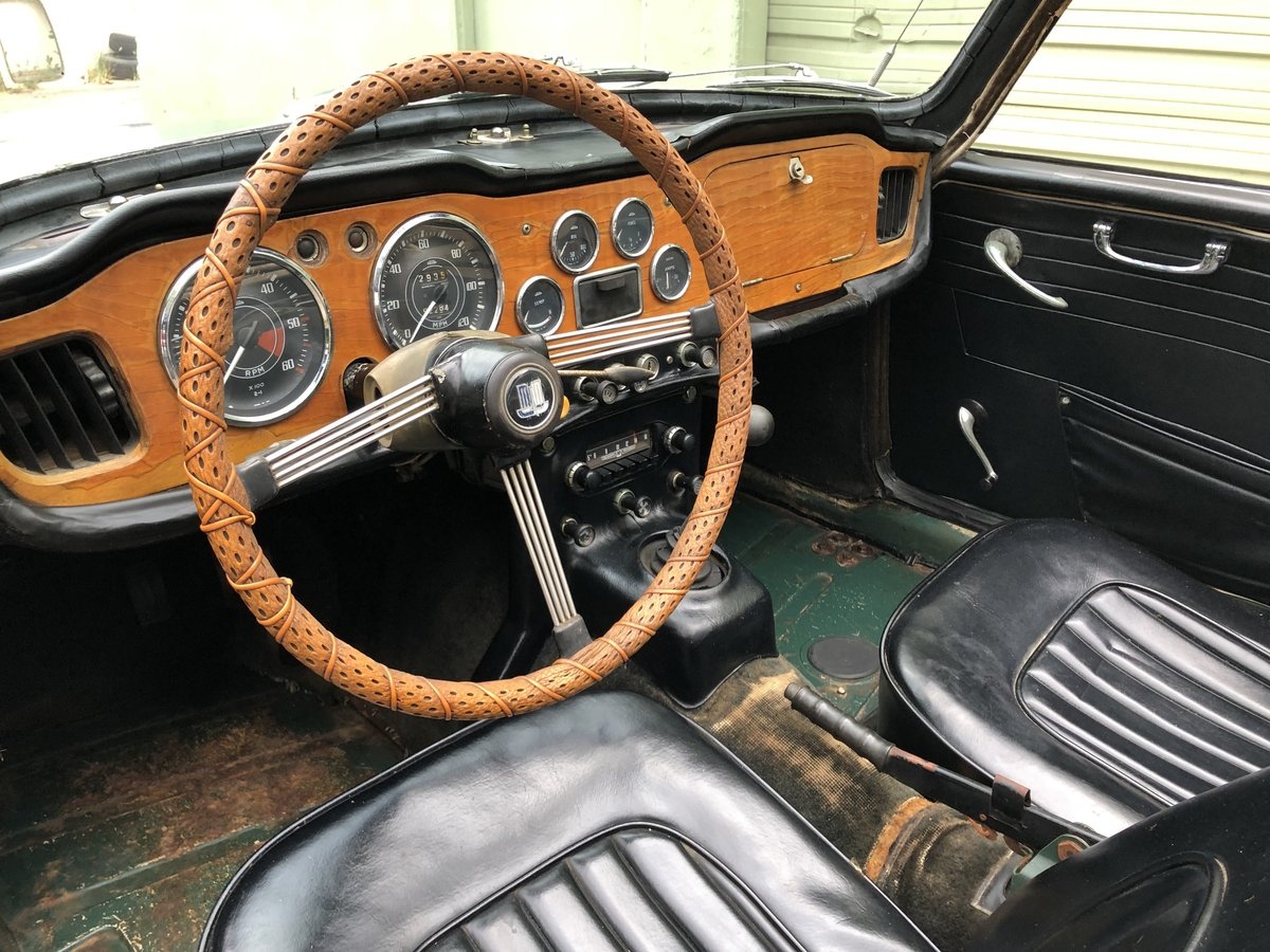 ***1966 Triumph TR4 IRS For Sale (picture 4 of 6)