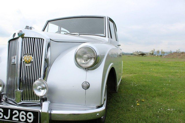 1953 Triumph Mayflower at Morris Leslie Auction 25th May SOLD by Auction (picture 5 of 6)