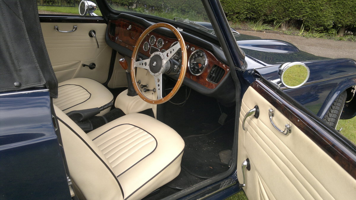 1967 Triumph TR4A For Sale (picture 4 of 4)