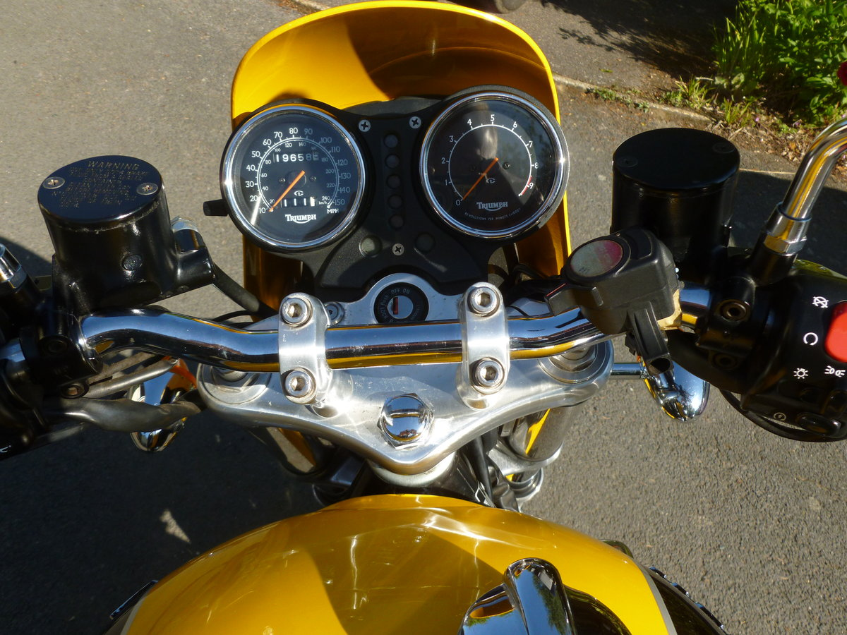 1997 Triumph Thunderbird sport For Sale (picture 4 of 6)