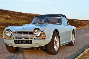 Triumph TR4 1964, fully restored.