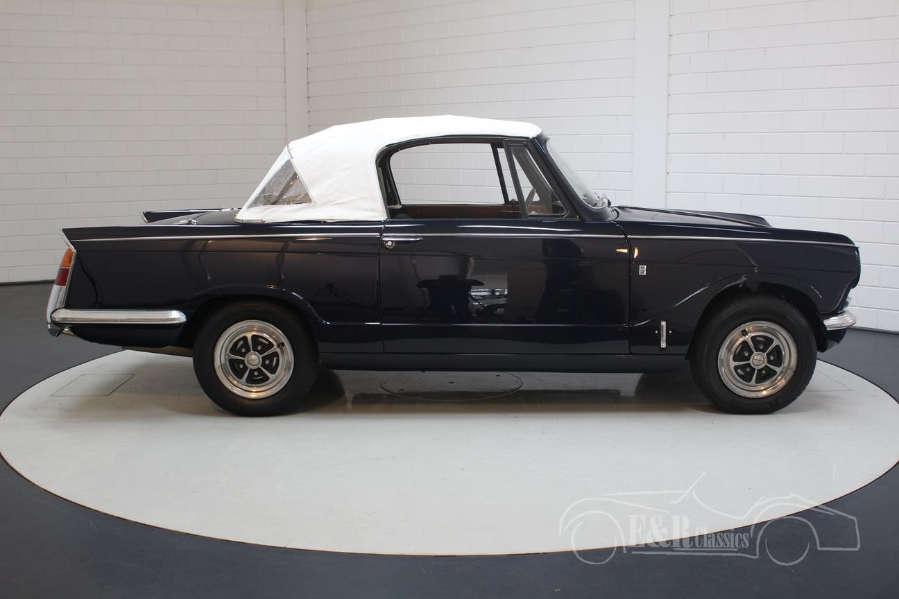 Triumph Vitesse cabriolet 1970 Body-off restored, overdrive For Sale (picture 6 of 6)
