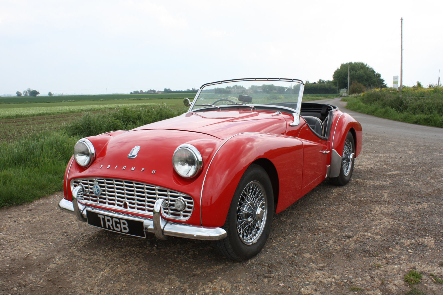 TR3A 1960 FULLY RESTORED AND IN EXCEPTIONAL CONDITION SOLD (picture 1 of 6)