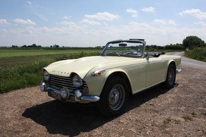 1965 SIX CYLINDER TR4A! (A TR5 ALL BUT IN NAME!)   SOLD