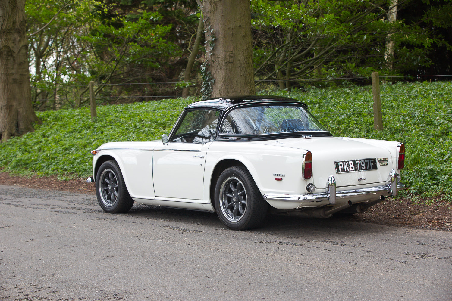 1968 TRIUMPH TR5 PI RHD UK CAR COLOSSAL HISTORY MATCHING NUMBERS  For Sale (picture 2 of 6)