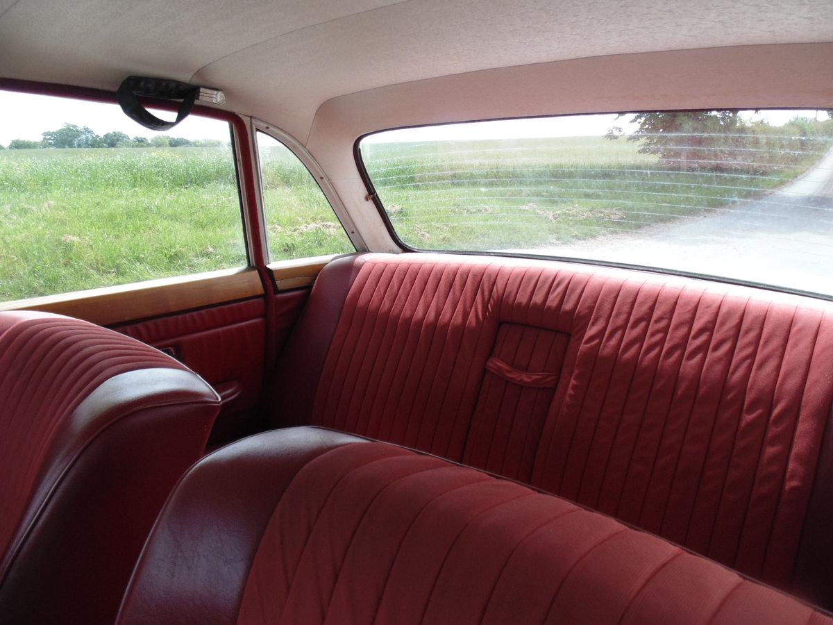1971 Triumph 2.5PI Automatic SOLD (picture 5 of 6)