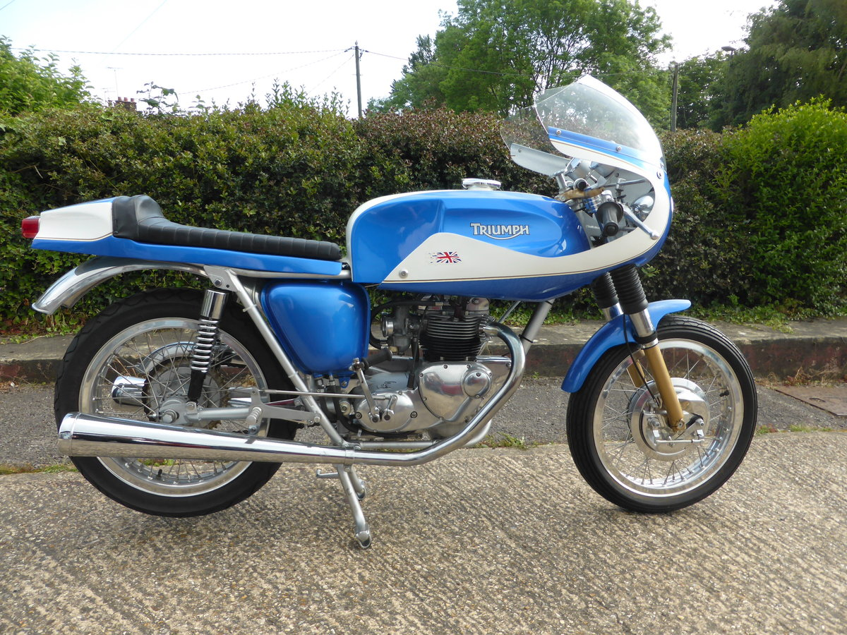 1974 TRIUMPH T100 CAFE RACER For Sale (picture 1 of 5)