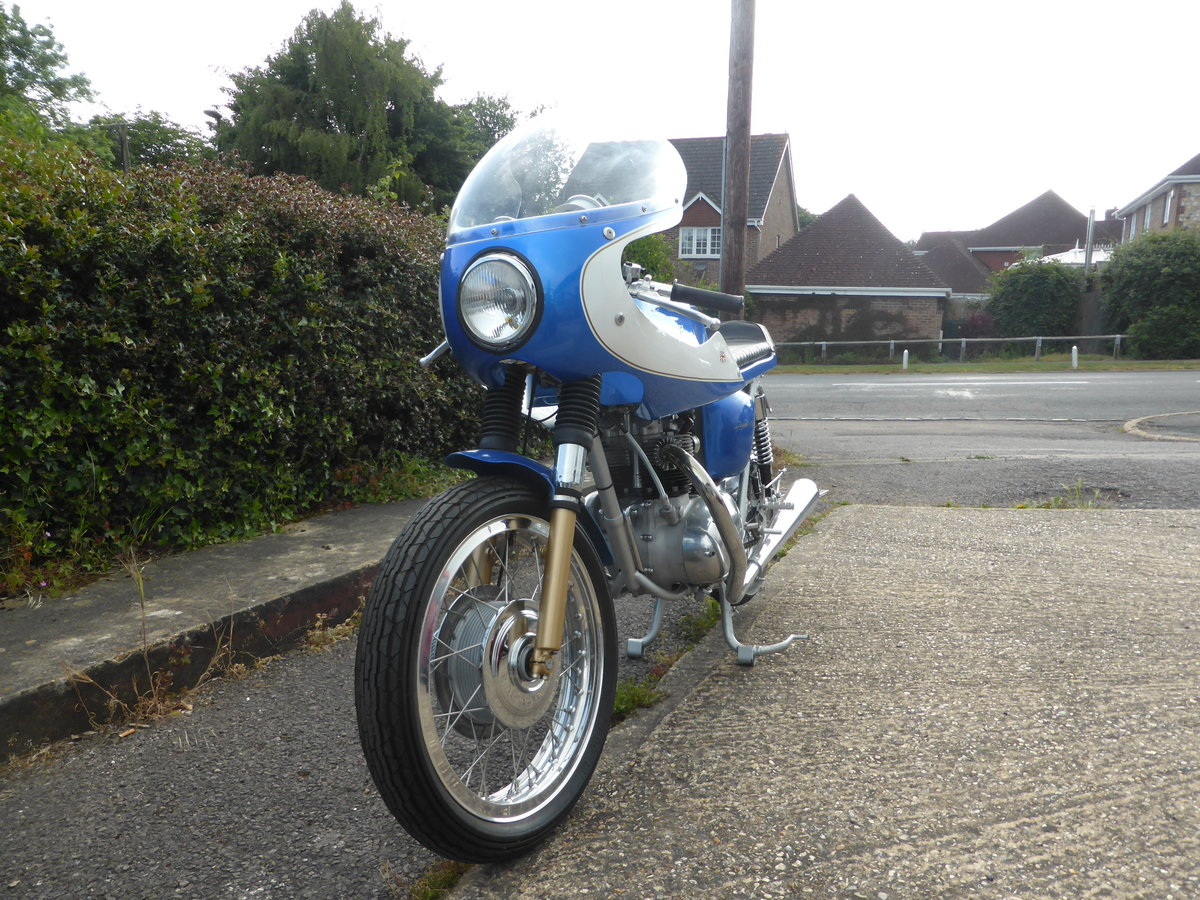 1974 TRIUMPH T100 CAFE RACER For Sale (picture 4 of 5)