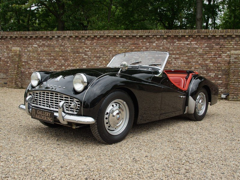 1960 Triumph TR3A For Sale (picture 1 of 6)