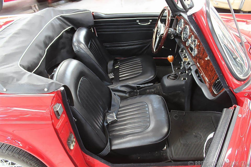 1965 Triumph TR4A Convertible = Roadster Dry Desert $22k For Sale (picture 3 of 6)