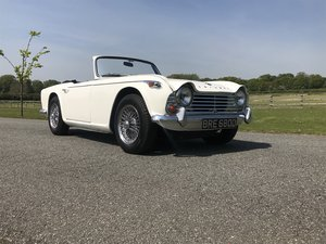 1966 Triumph TR4A 4 speed fitted with overdrive For Sale