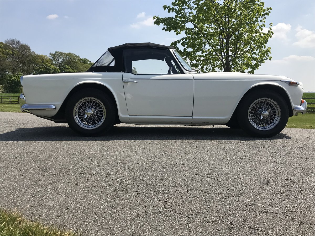 1966 Triumph TR4A 4 speed fitted with overdrive For Sale (picture 5 of 6)