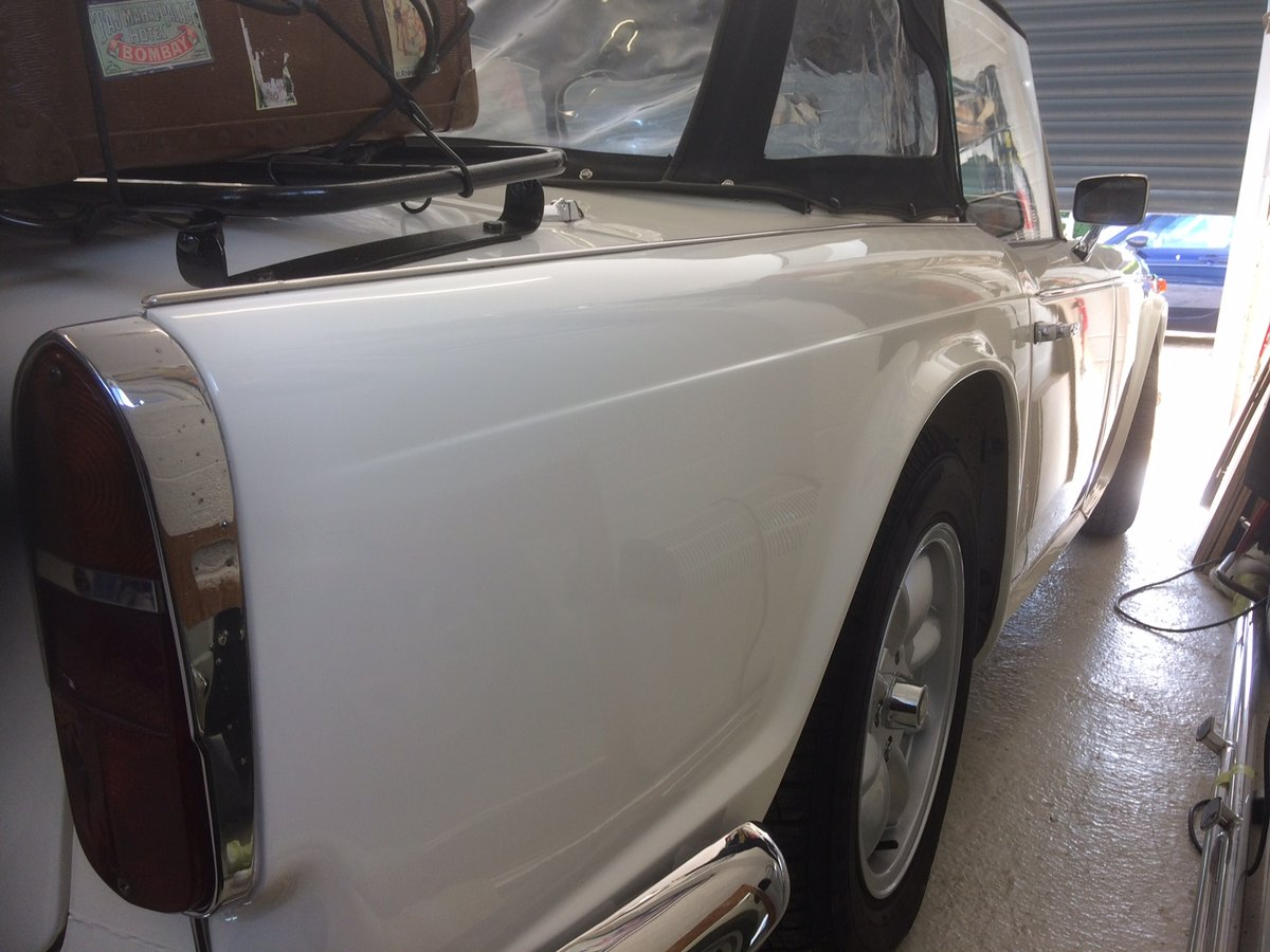 1966 Superb recently restored TR4A sports For Sale (picture 6 of 6)