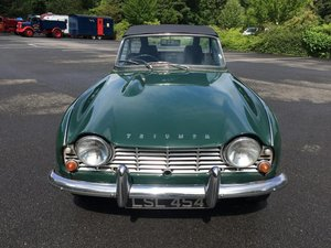 1964 Stunning 1962 RHD Triumph TR4 with overdrive For Sale