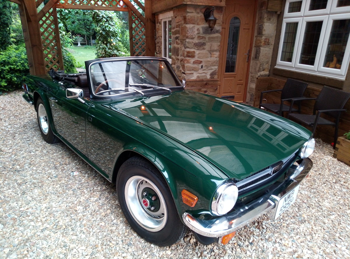 1975 TRIUMPH TR6 GROUND UP RESTORATION  For Sale (picture 1 of 6)