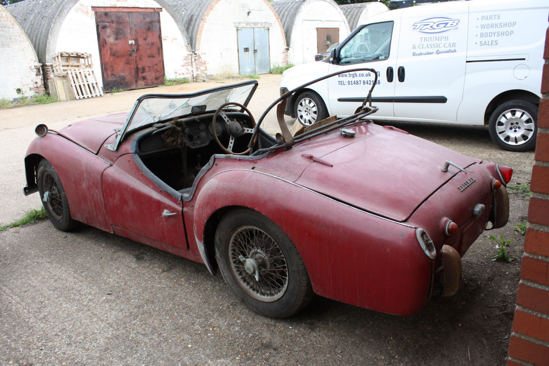 TR3A 1960 GENUINE BARN FIND CAR! SOLD (picture 5 of 5)