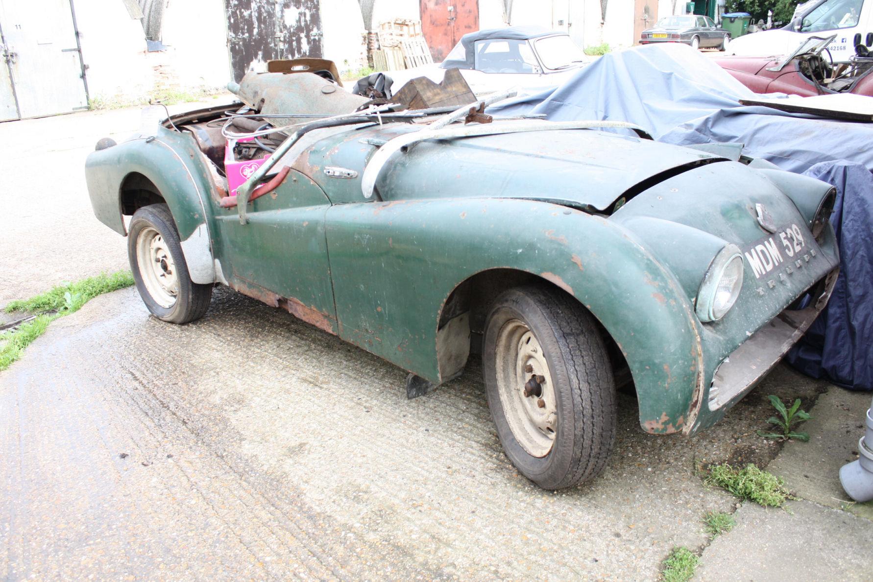 TR2 1955. ORIGINAL UK CAR. FOR RESTORATION SOLD (picture 1 of 6)