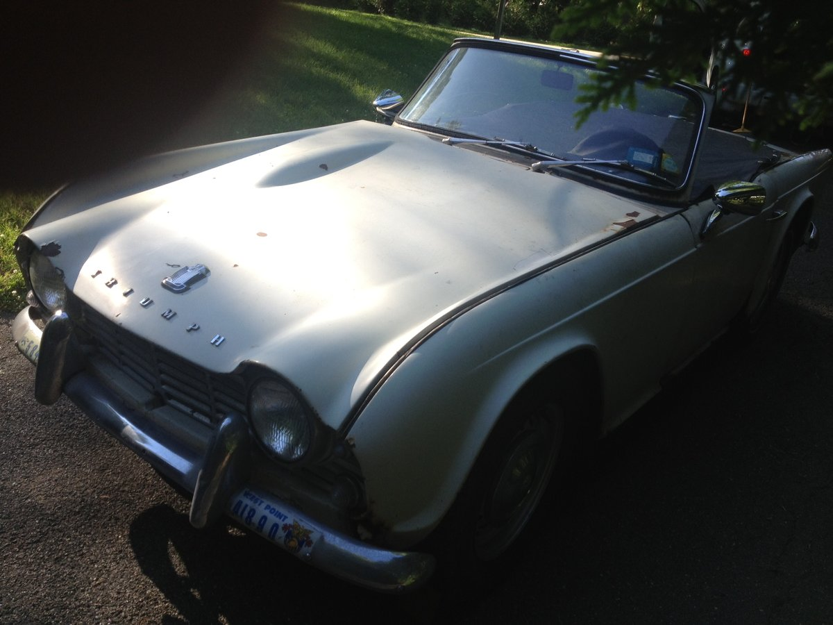 1962 Triumph TR4 For Sale (picture 2 of 6)