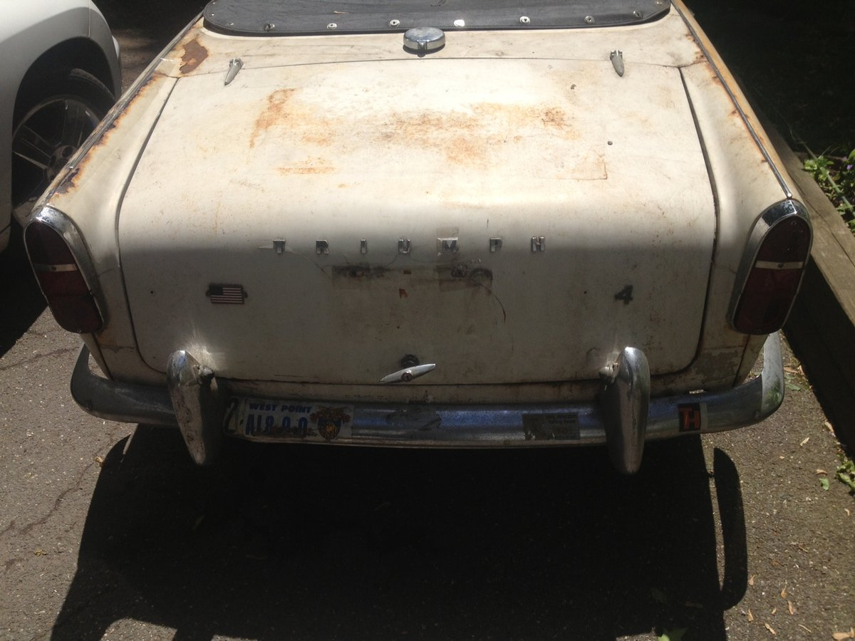 1962 Triumph TR4 For Sale (picture 4 of 6)