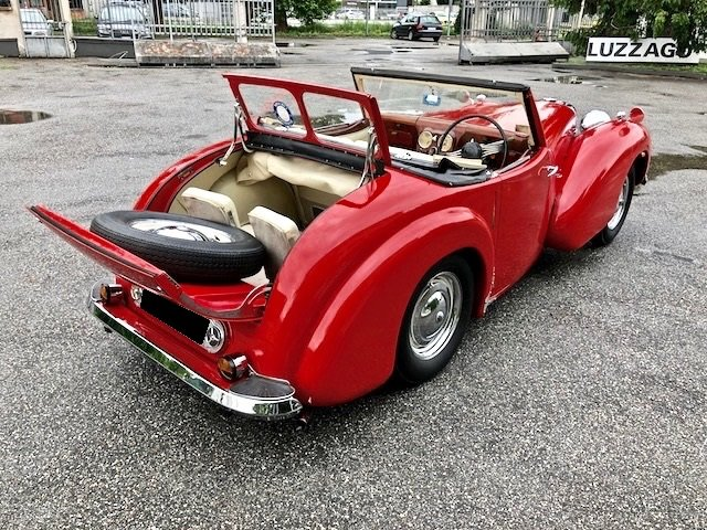1949 Triumph - 2000 Roadster RHD For Sale (picture 3 of 6)