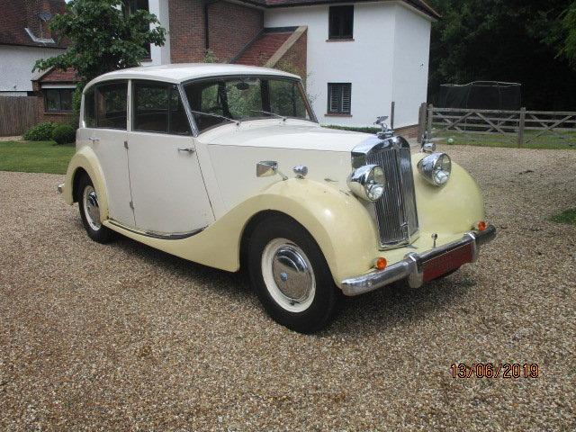 1954 Triumph Renown TDC (Card Payments Accepted & Delivery) SOLD (picture 1 of 6)