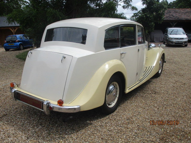 1954 Triumph Renown TDC (Card Payments Accepted & Delivery) SOLD (picture 3 of 6)