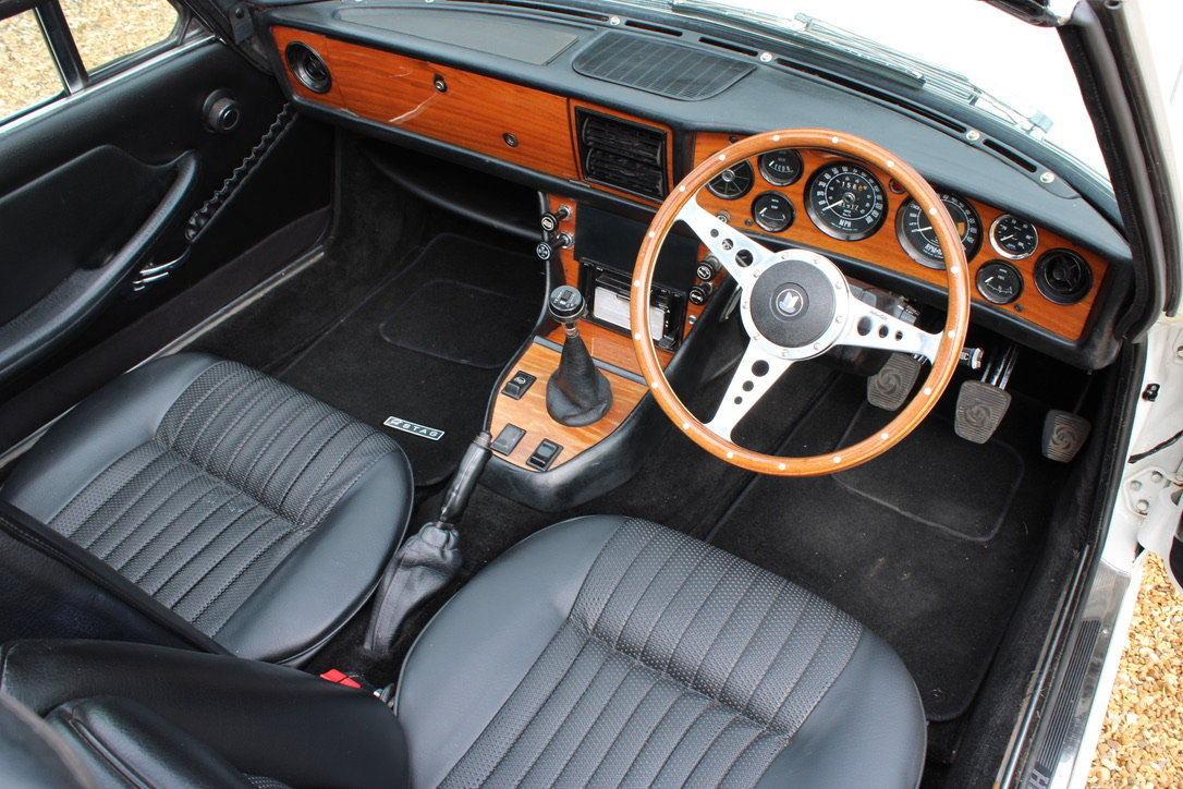 1972 TRIUMPH STAG MANUAL - £19,950 For Sale (picture 4 of 12)