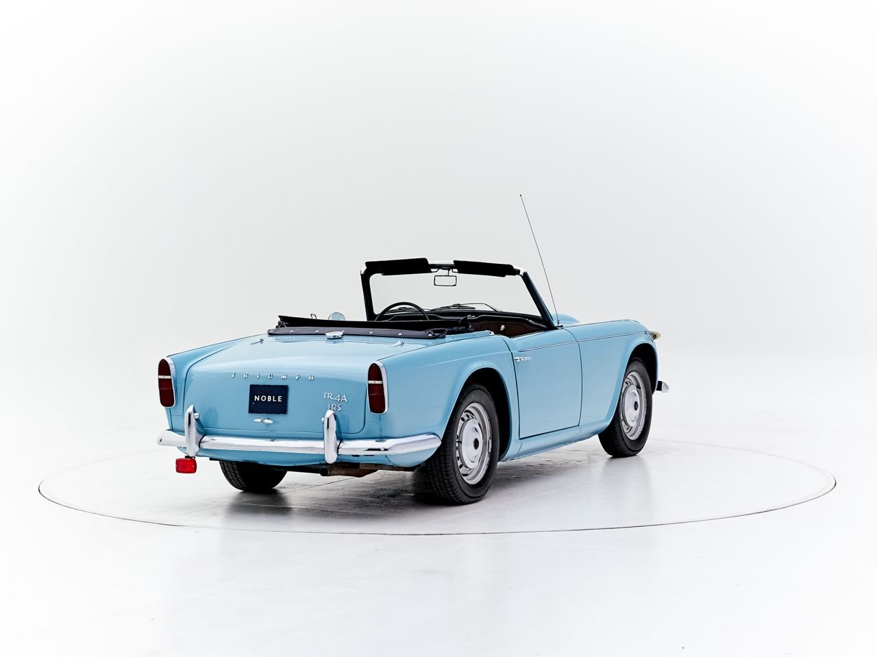1965 TRIUMPH TR4A IRS For Sale (picture 2 of 6)