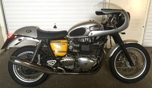 Triumph Thruxton Carb 2005, London NW8, Long MOT For Sale
