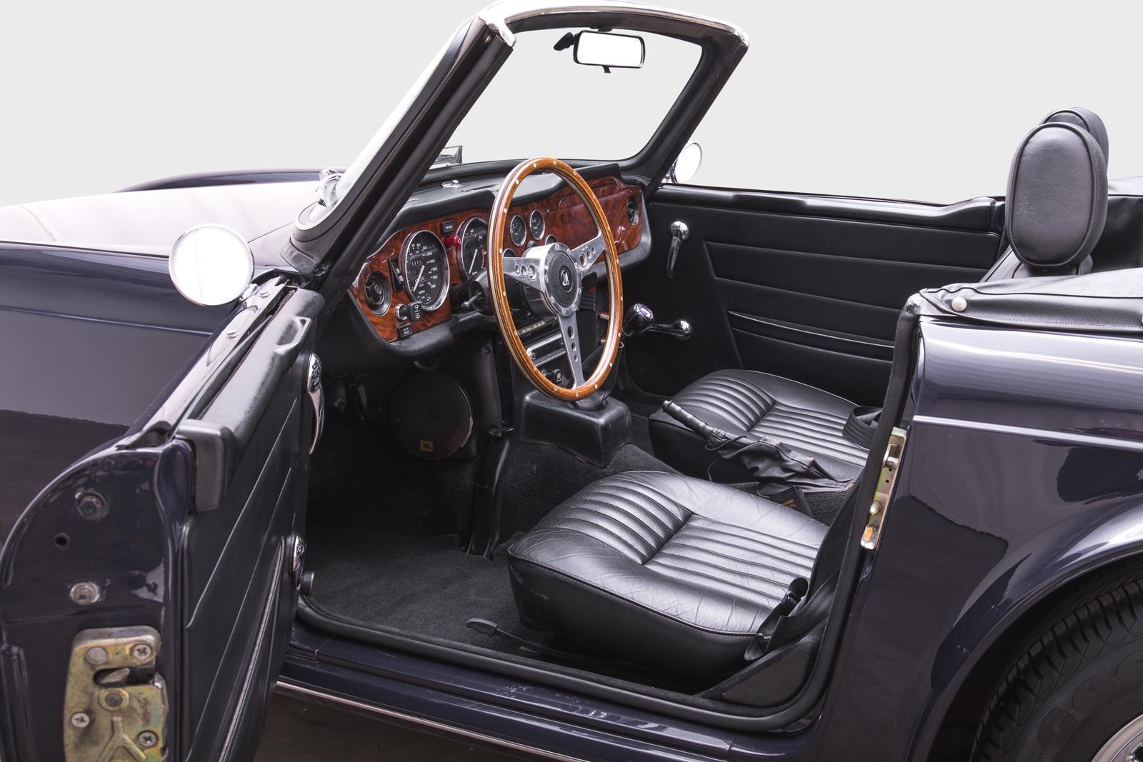 1974 Triumph TR6 SOLD (picture 2 of 6)