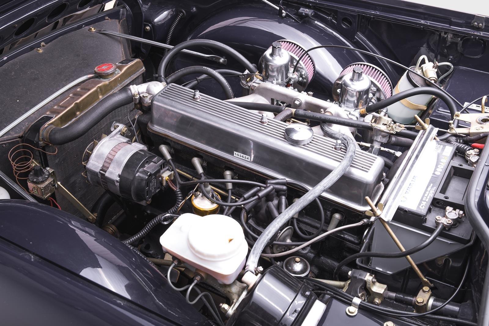 1974 Triumph TR6 SOLD (picture 4 of 6)