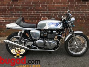 2005 Triumph Thruxton 865cc Cafe Racer Style, Lots of Extras