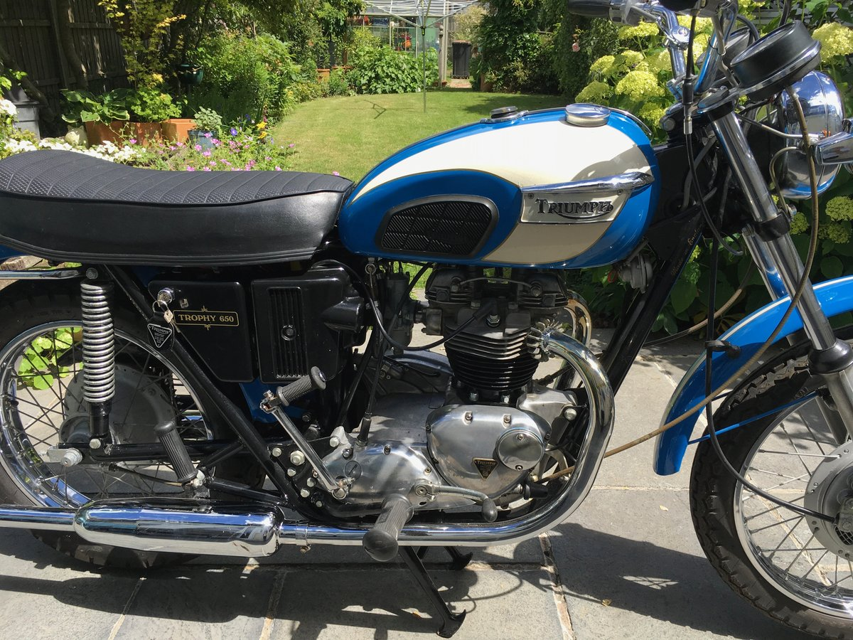 1971 Triumph Trophy 650cc O.I.F. For Sale (picture 2 of 6)