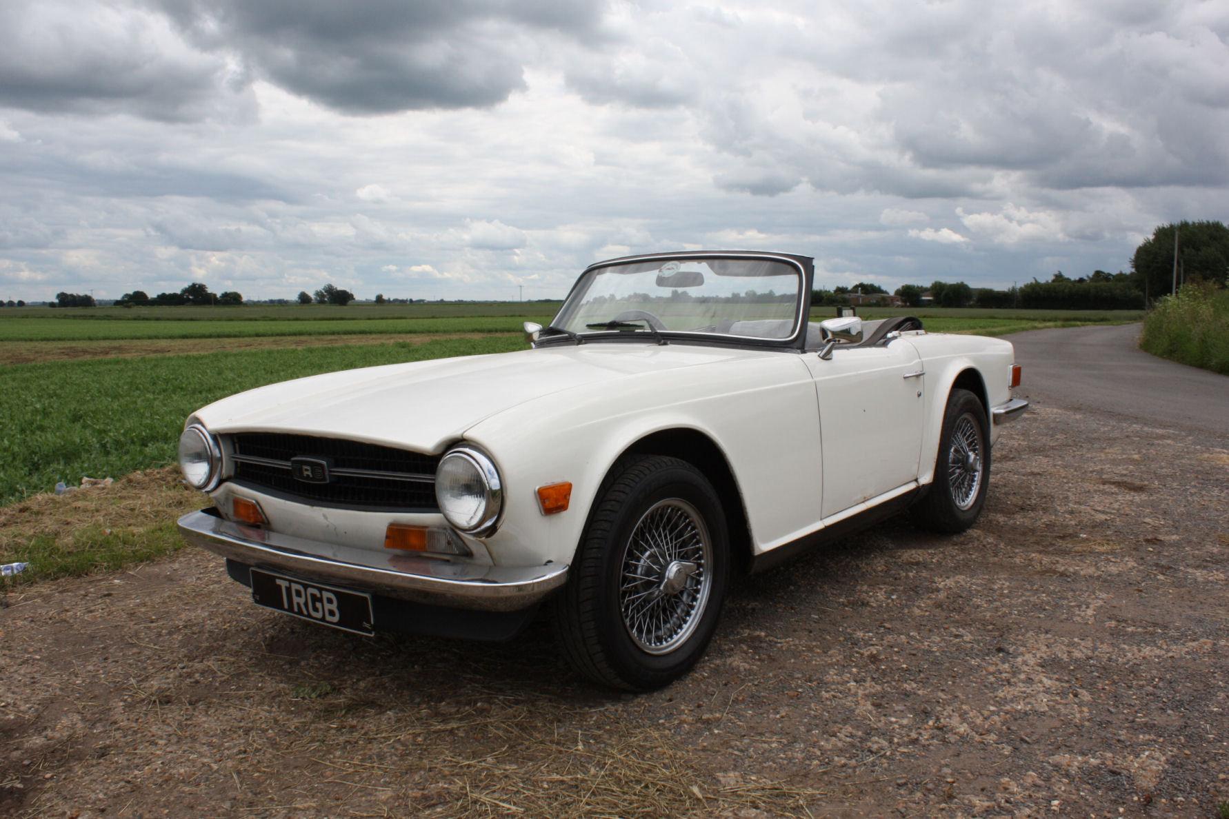1972 TRIUMPH TR6 ORIGINAL UK CAR SOLD (picture 1 of 6)