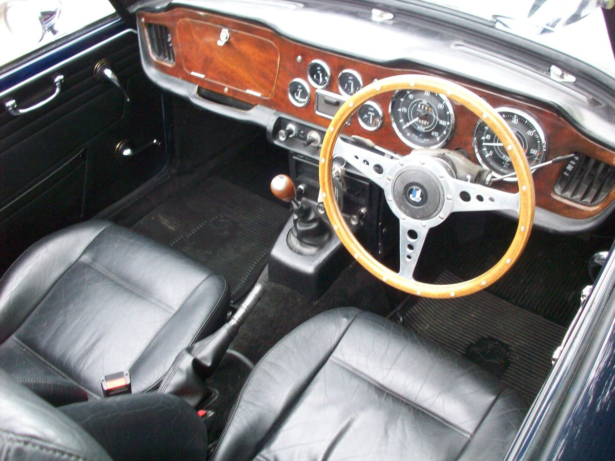 1967 TR4A IRS SOLD (picture 5 of 6)