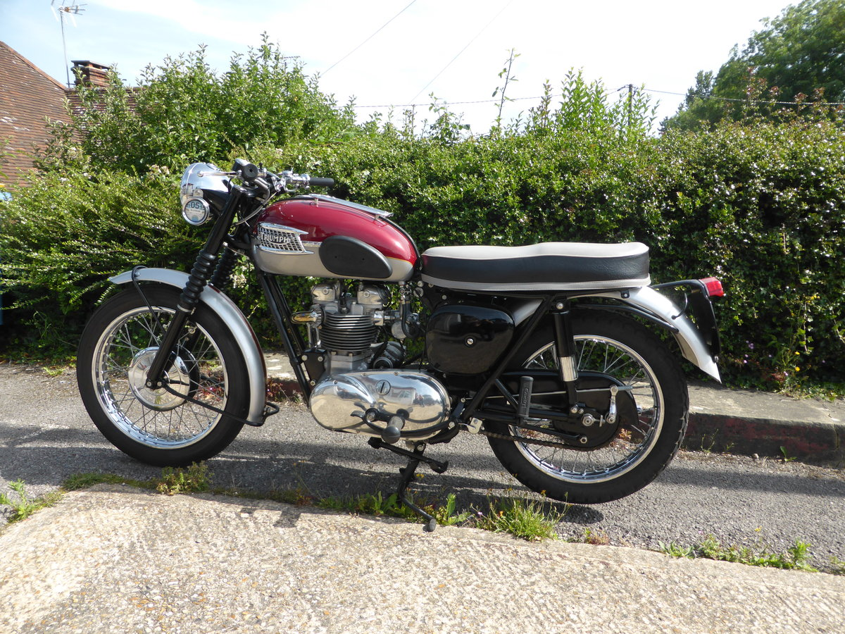 1961 Stunning Triumph TR6 For Sale (picture 1 of 4)