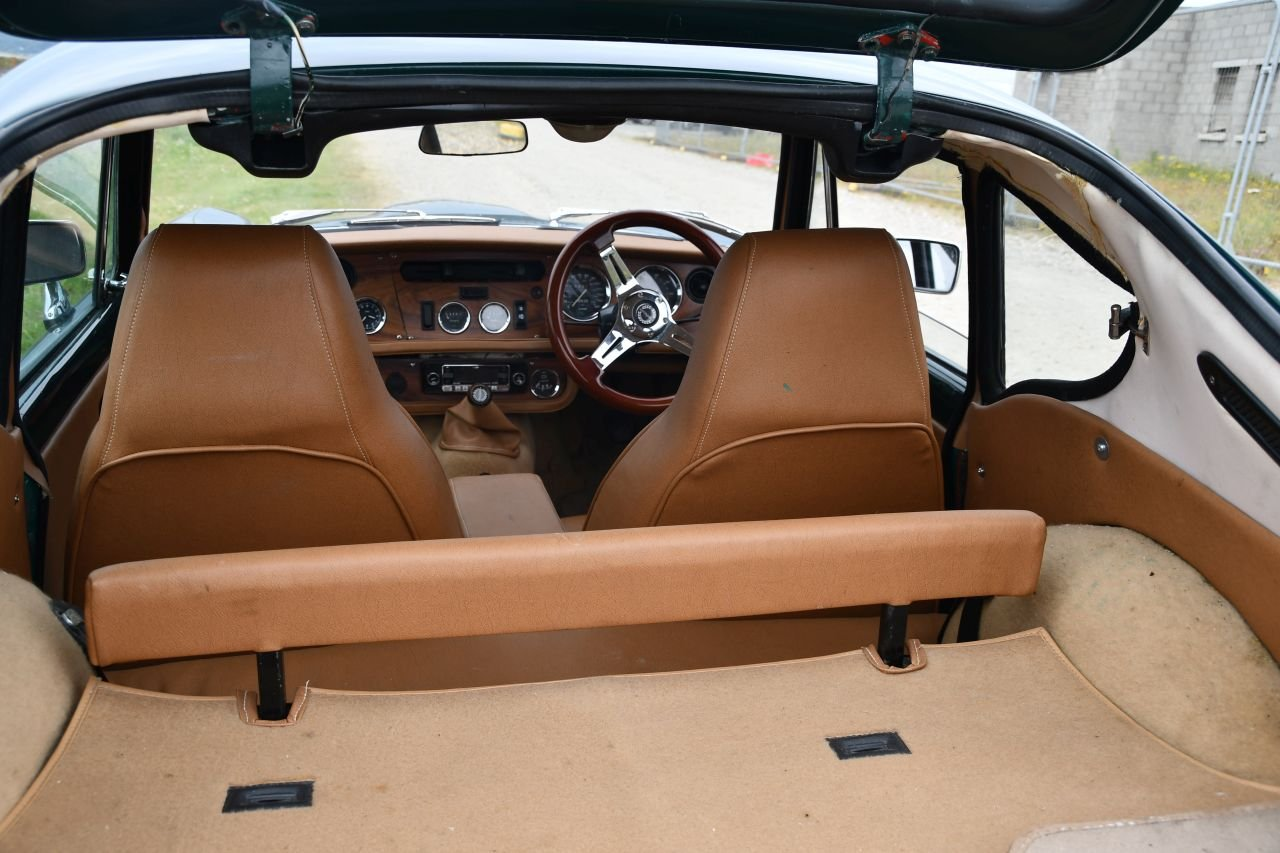 GT6 Mk3 (late) 1972. SOLD (picture 4 of 6)
