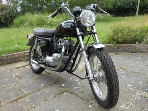 Triumph Bonneville T140E 1981 X registration